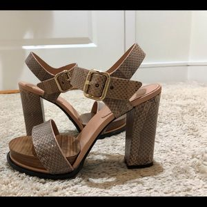 Tods Size 38 Pink Snakeskin Strappy Heels. NWOT